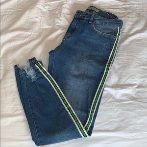 Zara // jeans with side stripes